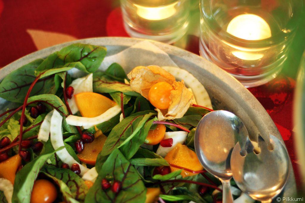 hedelmainen-salaatti